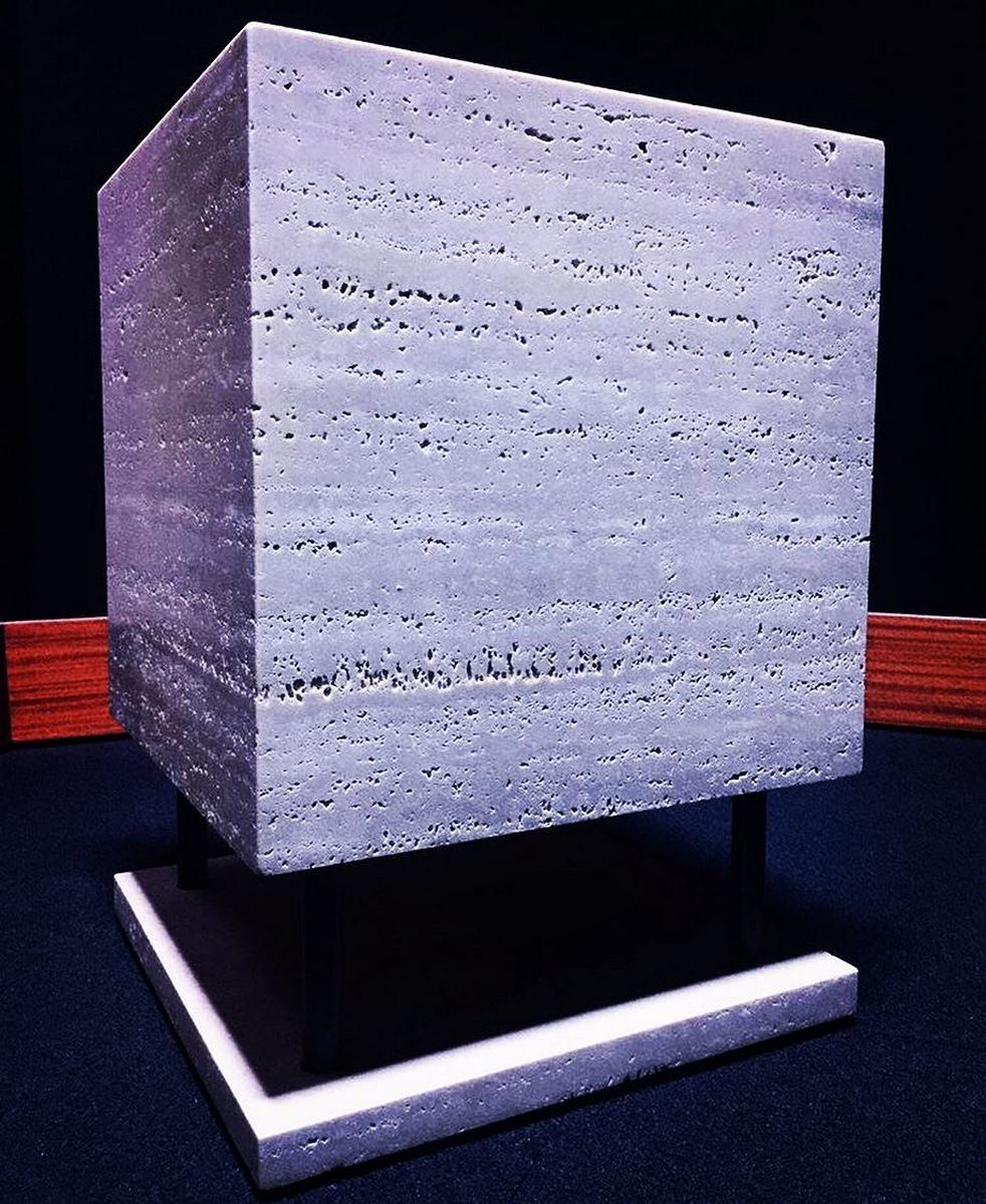 cube2lv.jpg