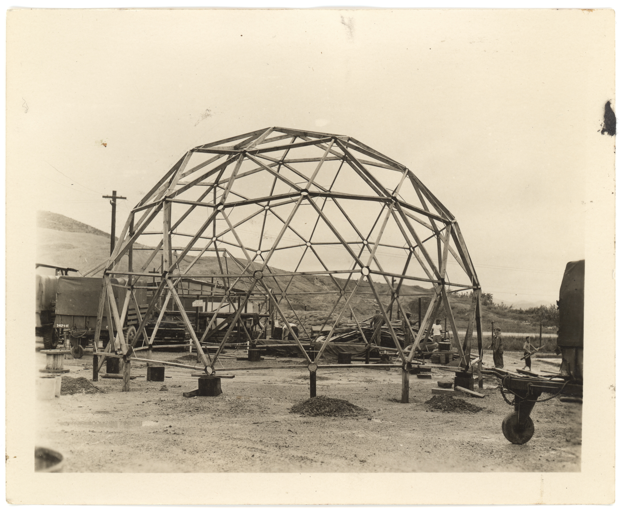 Geodesic Dome 02.jpg
