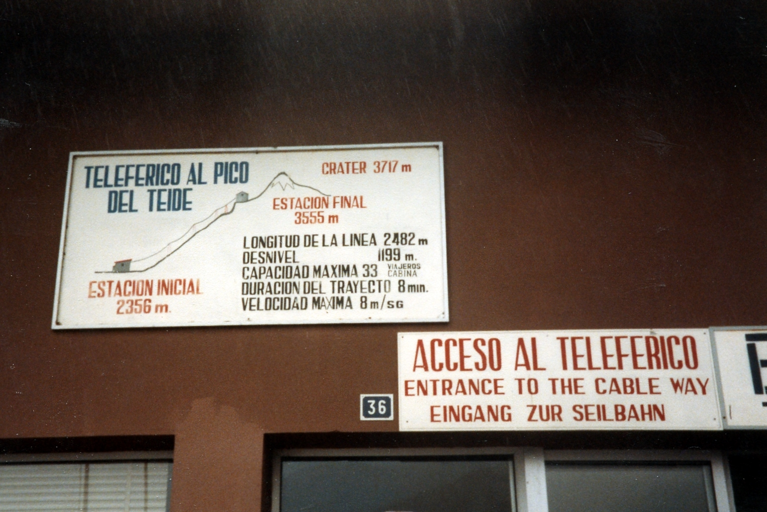 1980s low tech sign on the cable car station