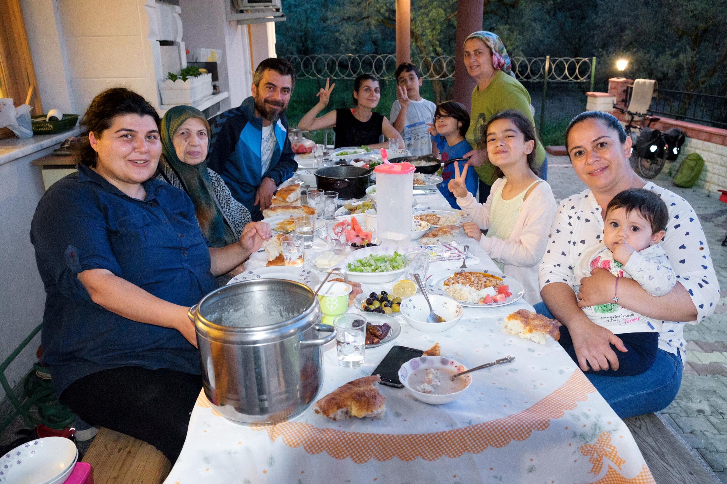 Le souper avec toute la famille.