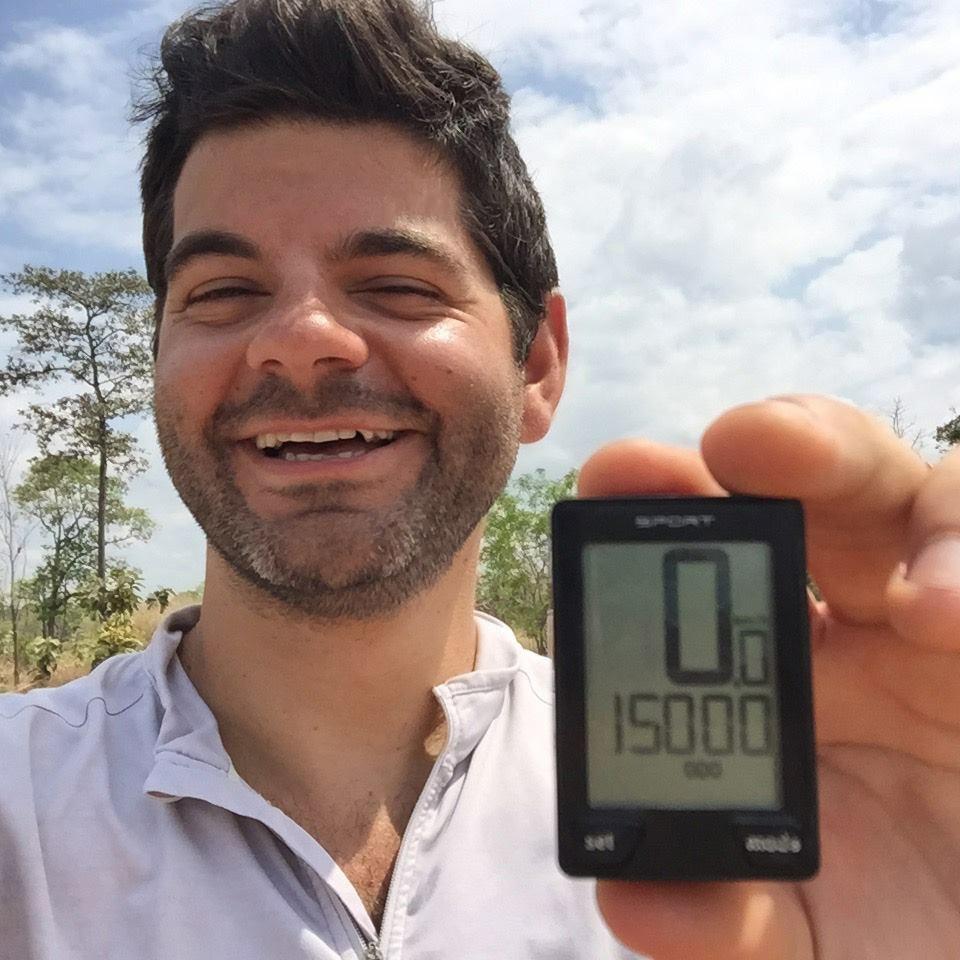 ... pour atteindre 15 000 kilomètres en vélo !