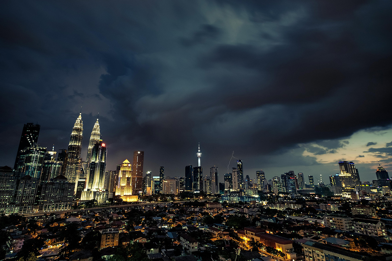 18-03-12---Orage-KL-(Malaisie).jpg