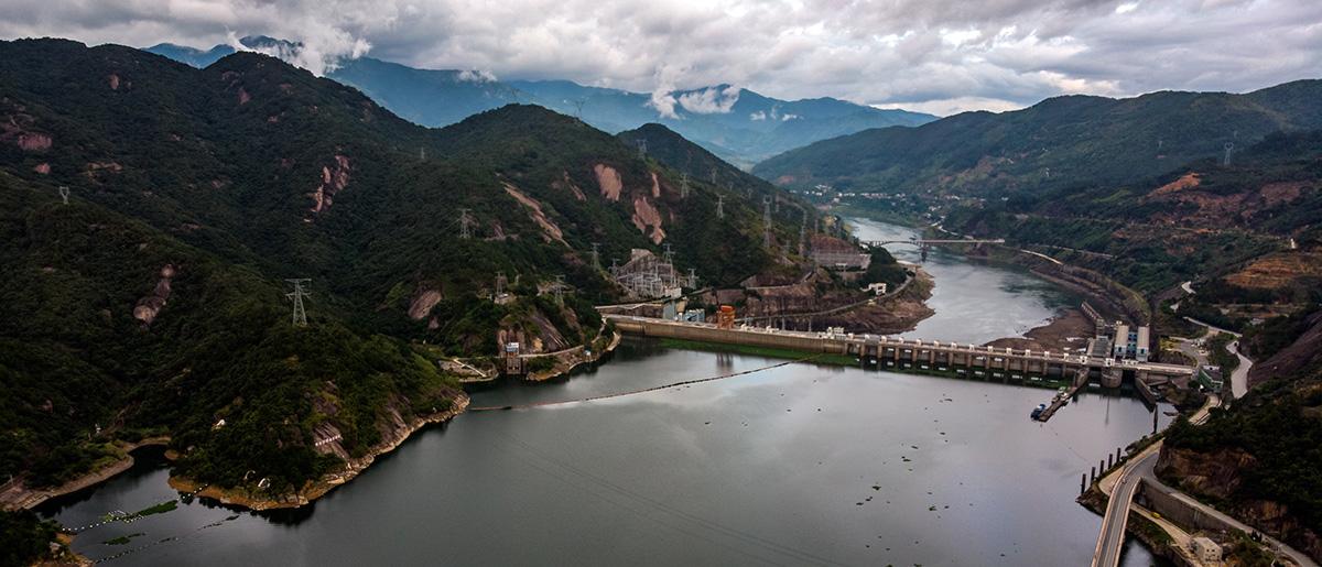 Barrage hydroélectrique sur la rivière Minjiang, au nord de Fuzhou.