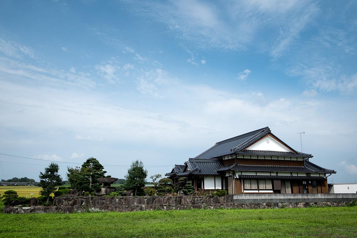 18-10-10---Maison-avec-jardin-(Japon).jpg