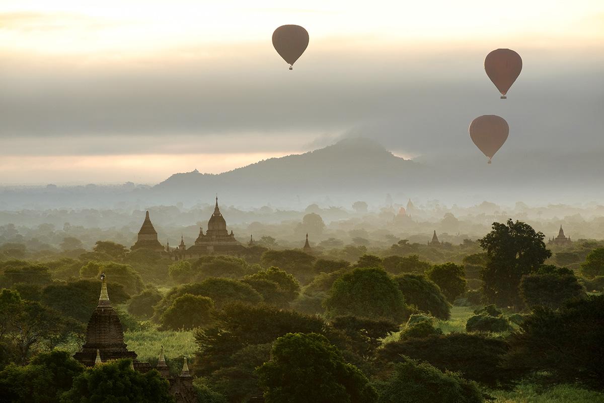 L'incroyable paysage des milliers de temples à Bagan, en Birmanie.