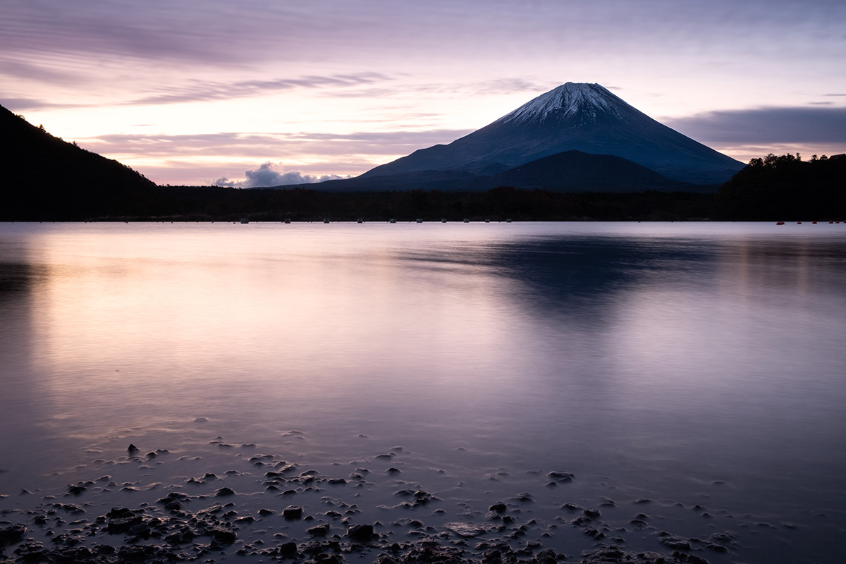 18-10-31---Galets-et-Fuji-(Japon).jpg