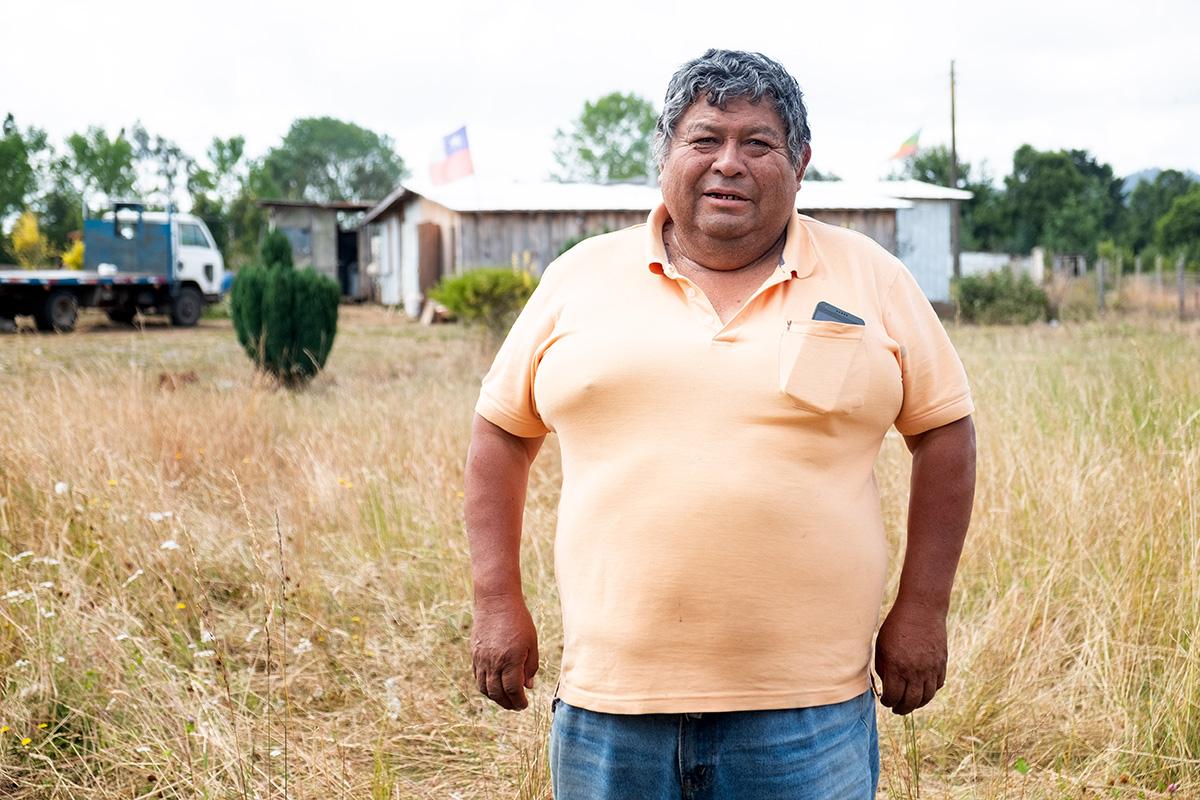 Victor, un Mapuche qui peine à vivre sur sa petite terre face à la compétition mondiale.