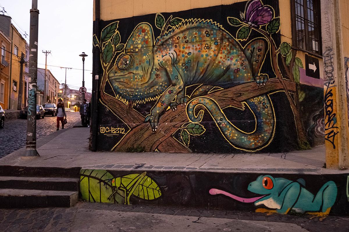 19-04-02---Graffitis-4-(Valparaiso,-Chili).jpg
