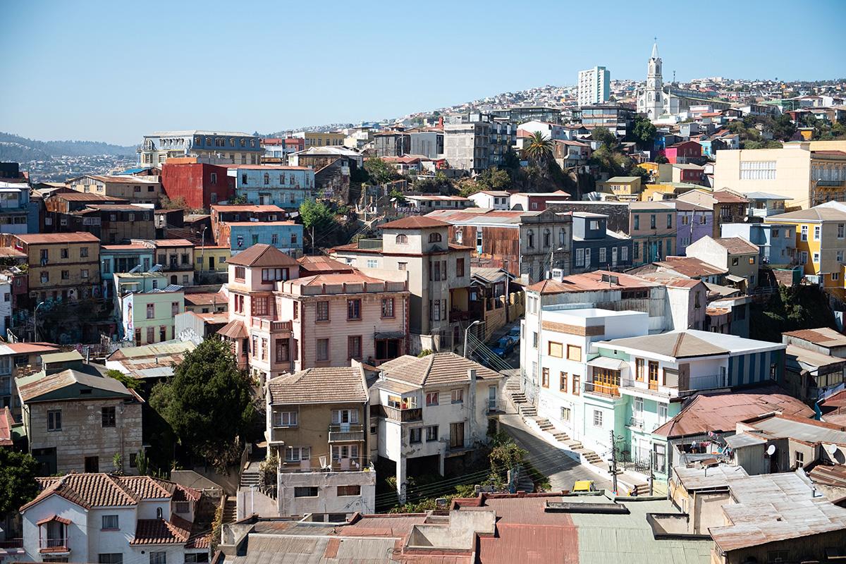 L'éclectique ville de Valparaíso et ses collines colorées.