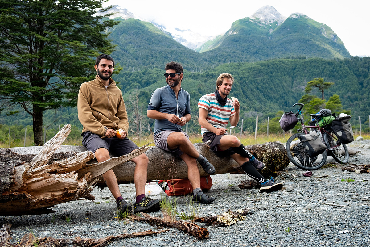 En compagnie de Davide l'Italien et de Freddy l'Allemand, au Chili.
