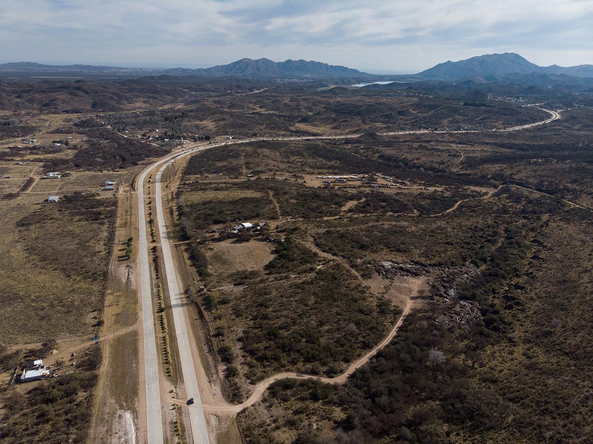 19-07-06---Route-provinciale-20-(San-Luis,-Argentine).jpg