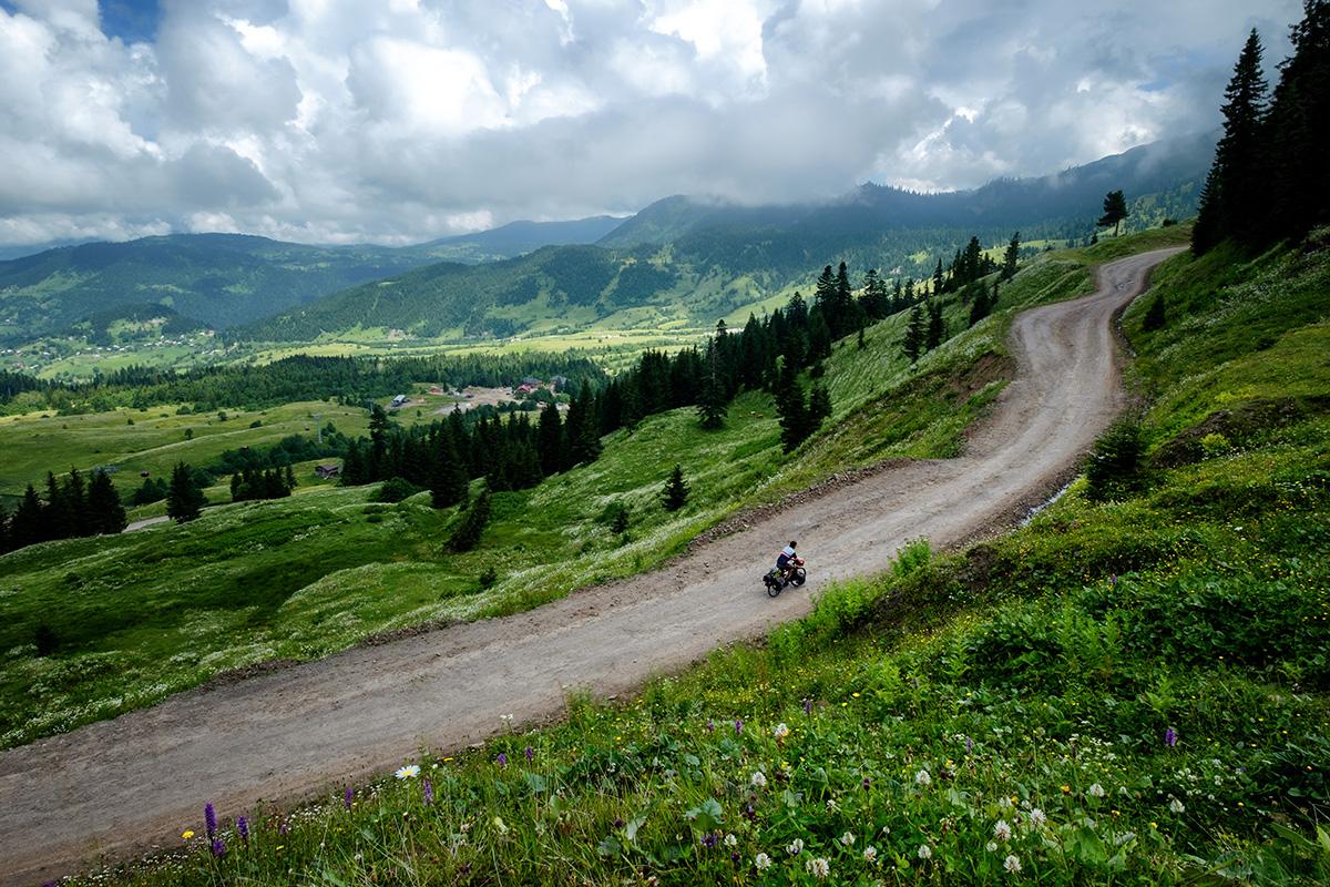 Dans les montagnes du Caucase, en Géorgie.