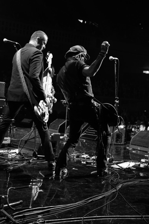 Rob DeLeo, fantastic bass player , Japan Classic Rock Awards