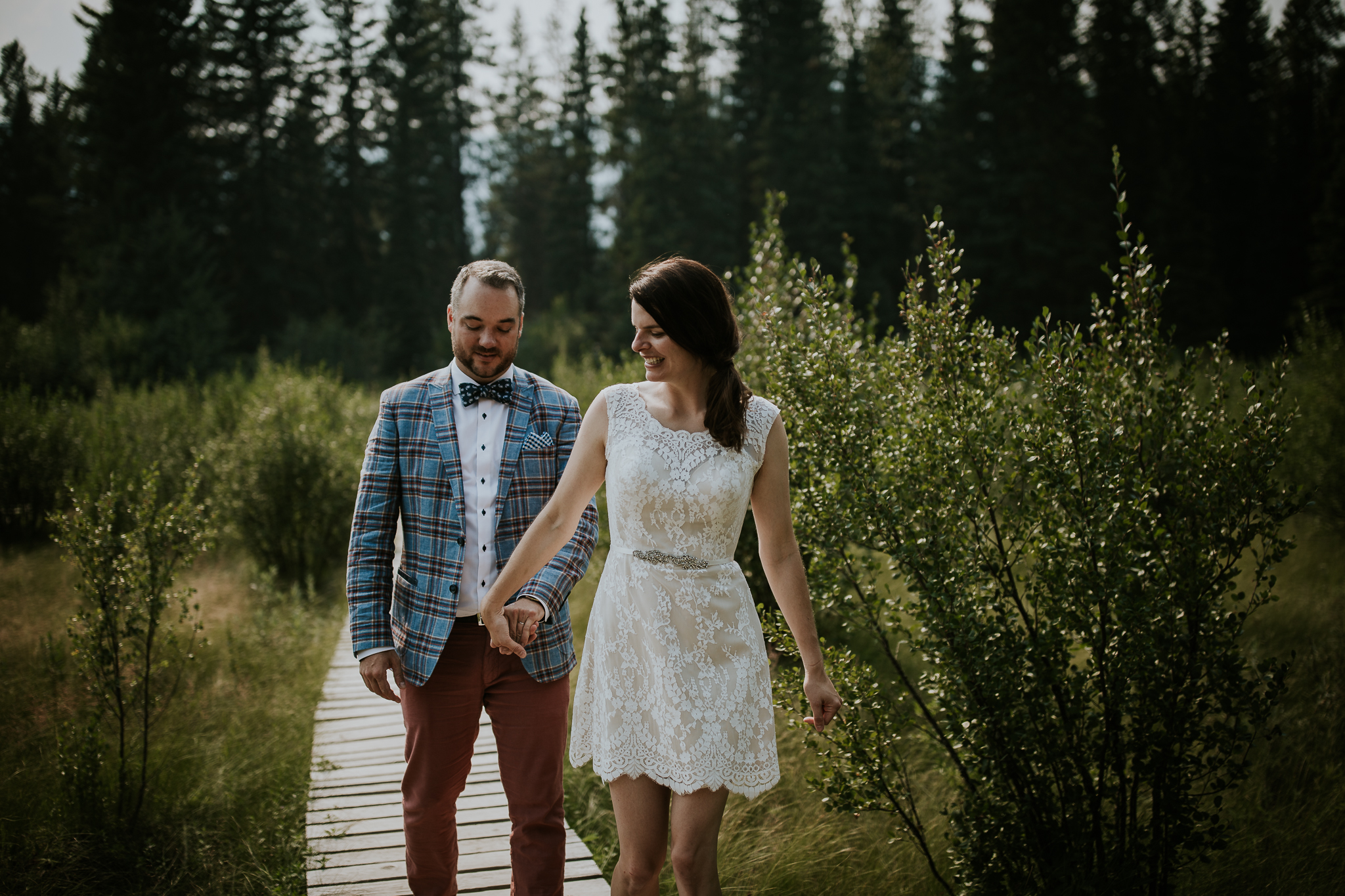 20170805-adventureelopementphotographercanada-canadaadventureelopement-adventureweddingphotographer-cedarlakewedding-goldenweddingphotographer-Rob and Dee-4176.jpg