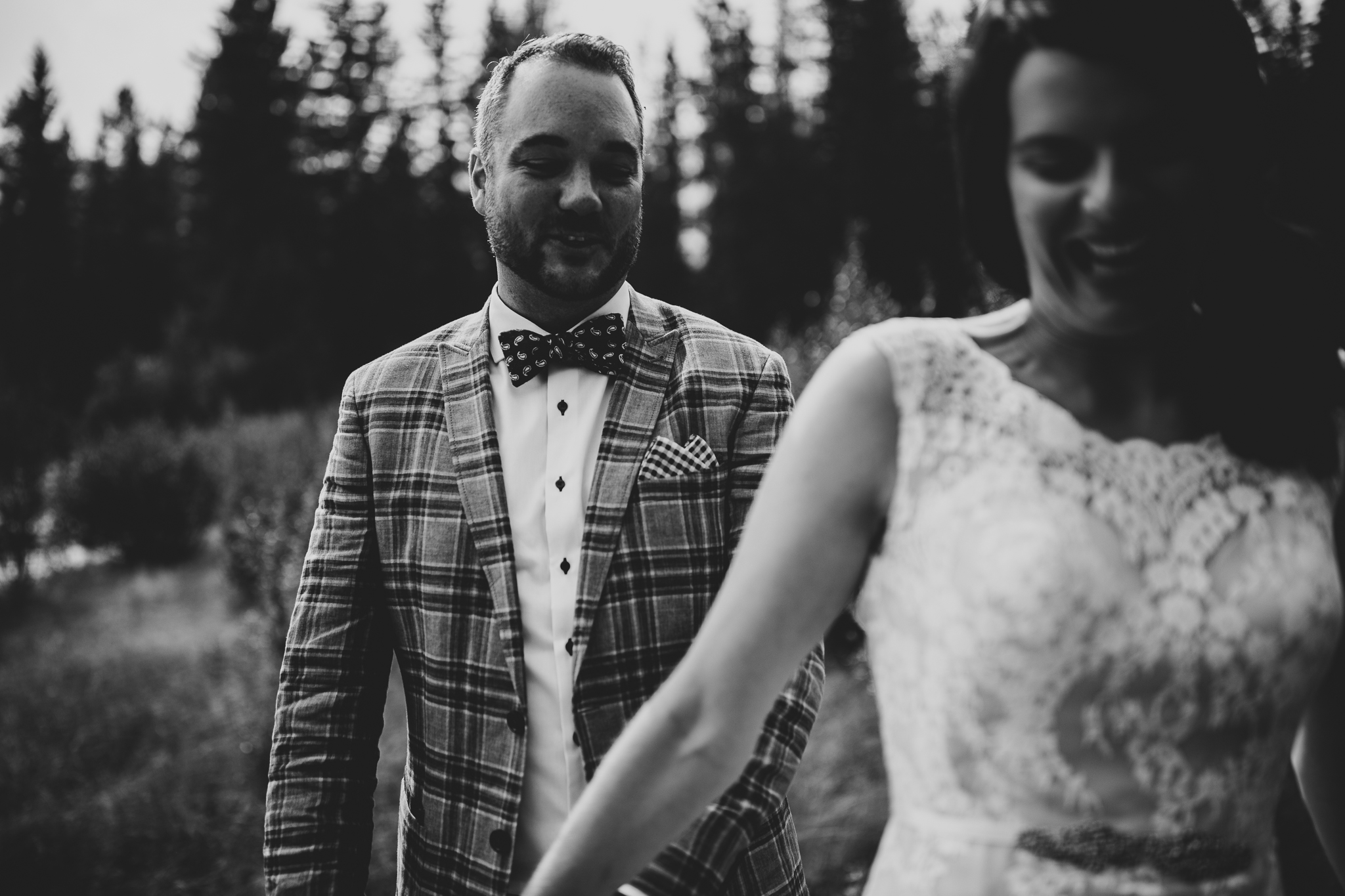 20170805-adventureelopementphotographercanada-canadaadventureelopement-adventureweddingphotographer-cedarlakewedding-goldenweddingphotographer-Rob and Dee-4182.jpg