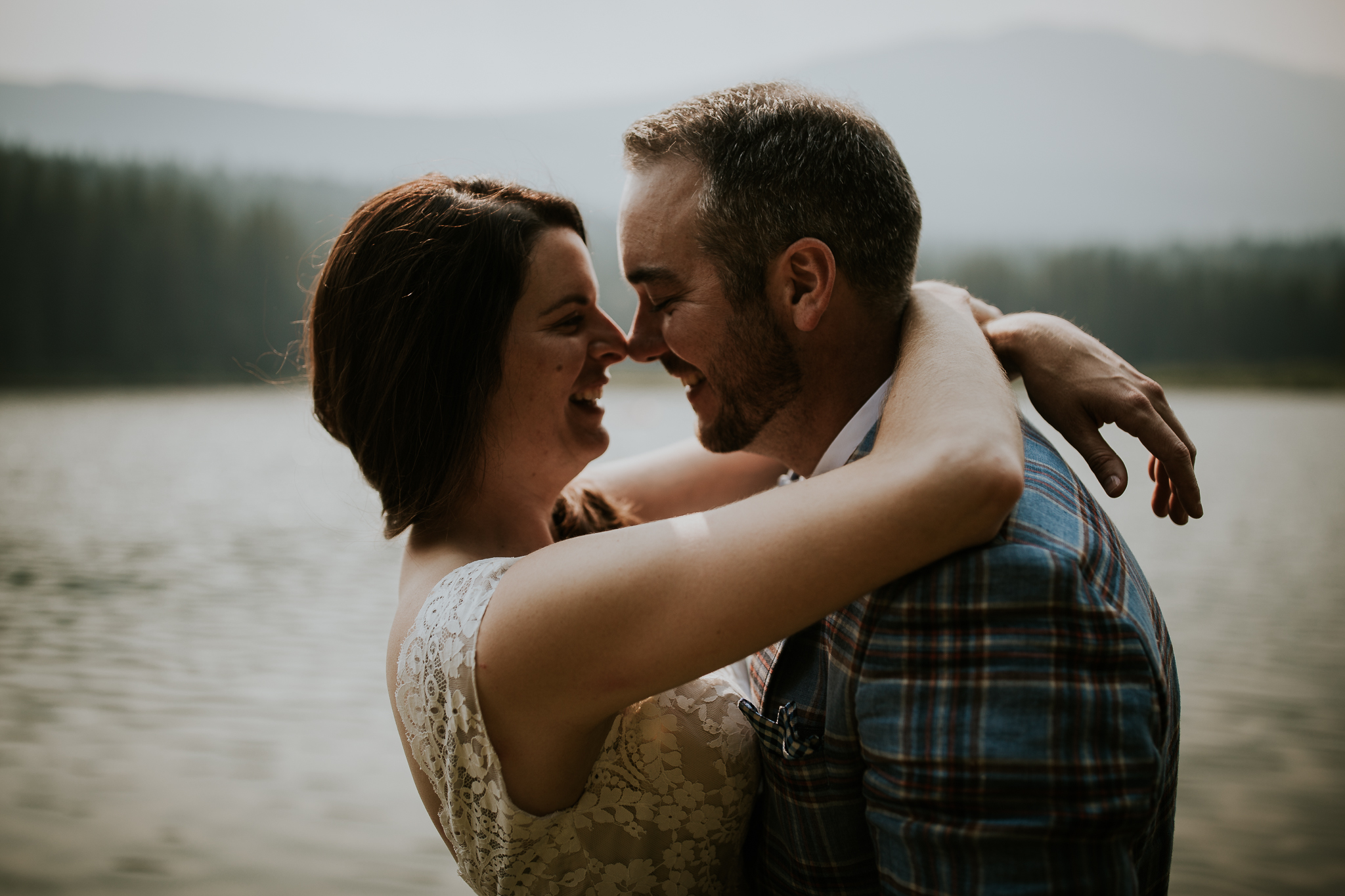 20170805-adventureelopementphotographercanada-canadaadventureelopement-adventureweddingphotographer-cedarlakewedding-goldenweddingphotographer-Rob and Dee-4381.jpg