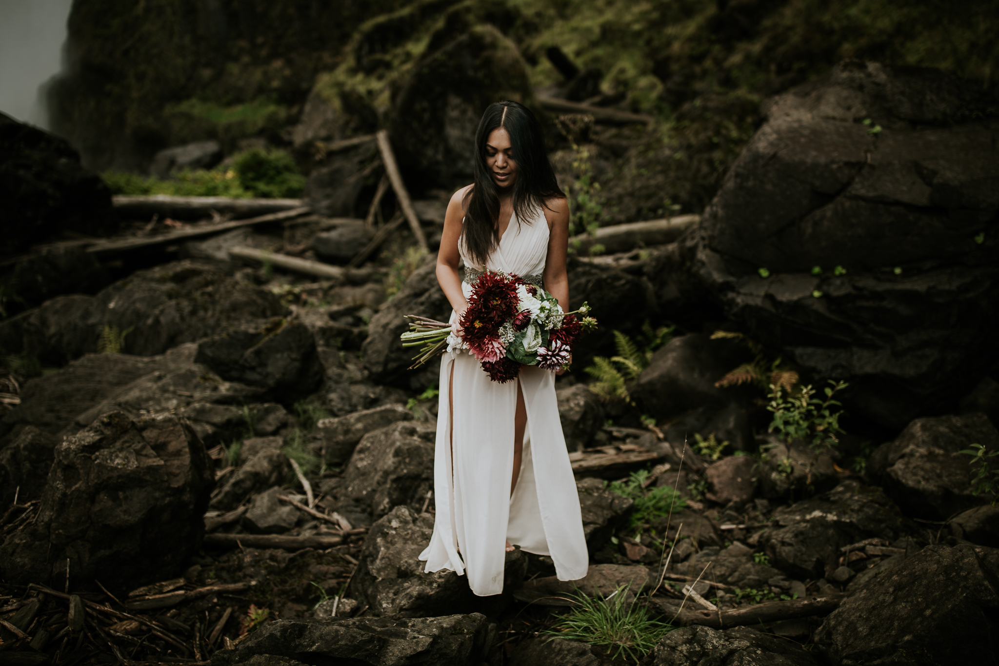Adventurous bride eloping at Snoqualmie Falls