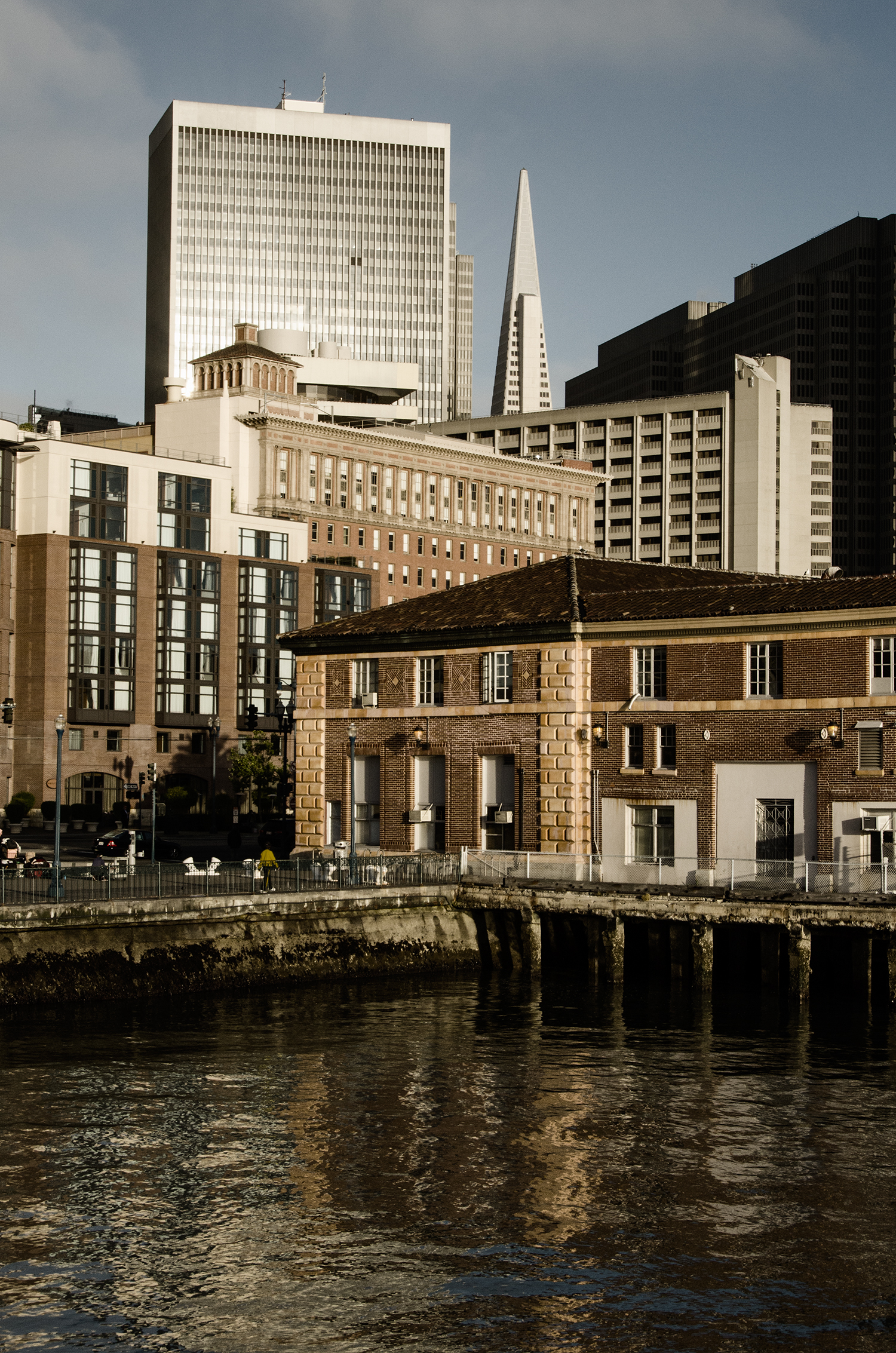 TransAmerica Pyramid & Historic Waterfront From Pier 14