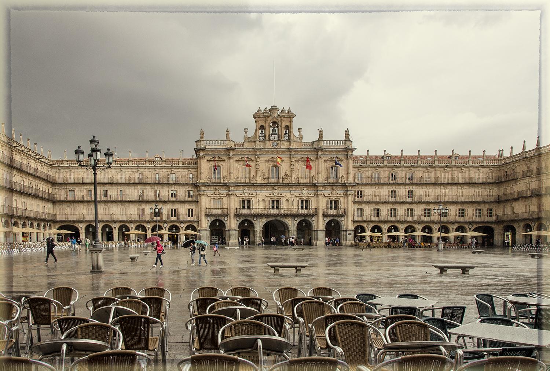 Salamanca's Glorious Plaza Mayor