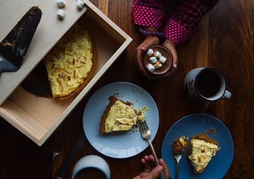 Prerna's Gulab Jamun and Saffron Yogurt Tart