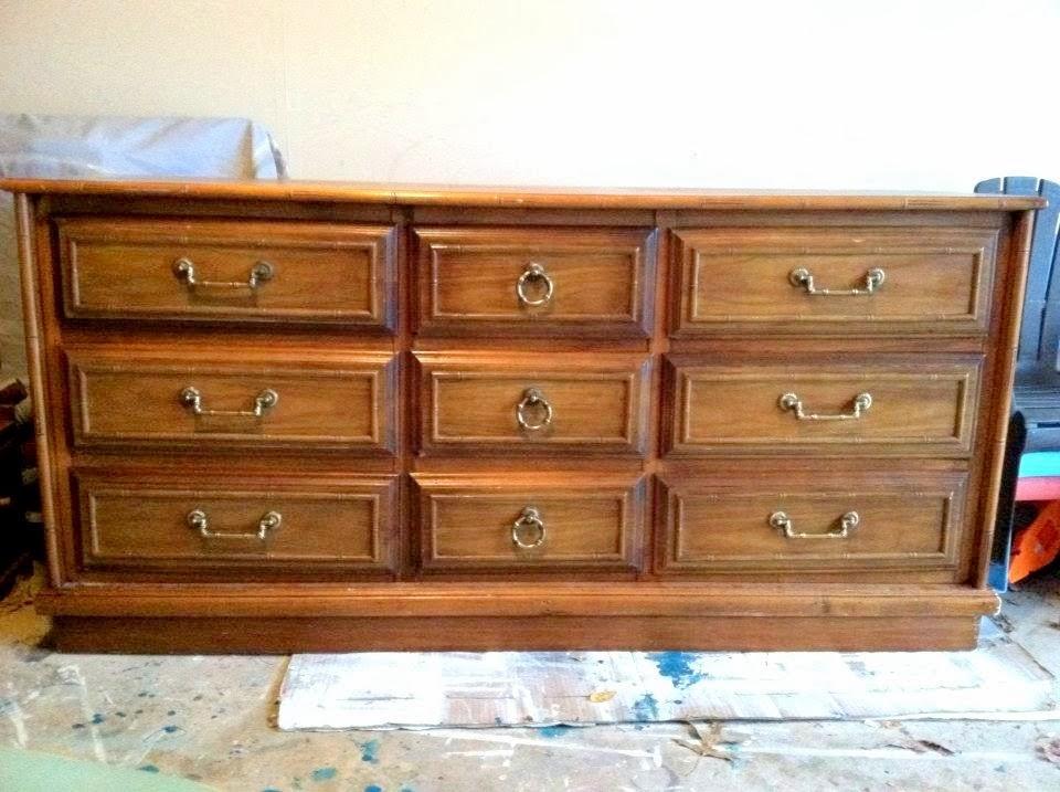 dresser+before01.jpg