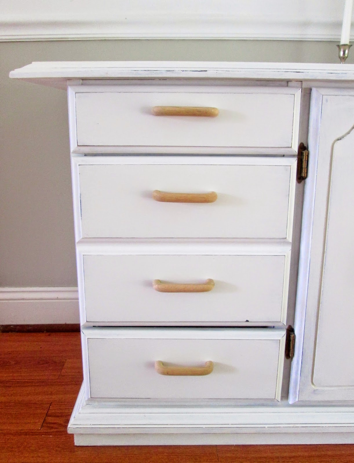 white+and+wood+cabinet3.jpg