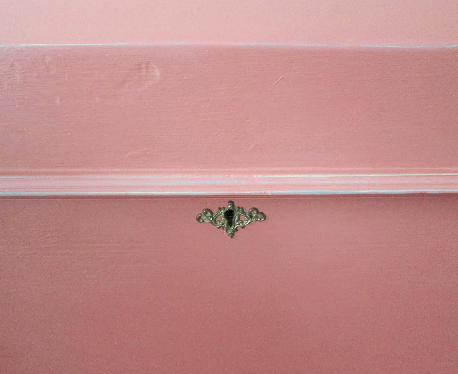 pink+trunk7.jpg