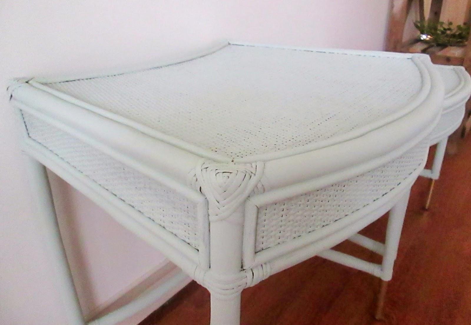aqua+nesting+tables4.jpg