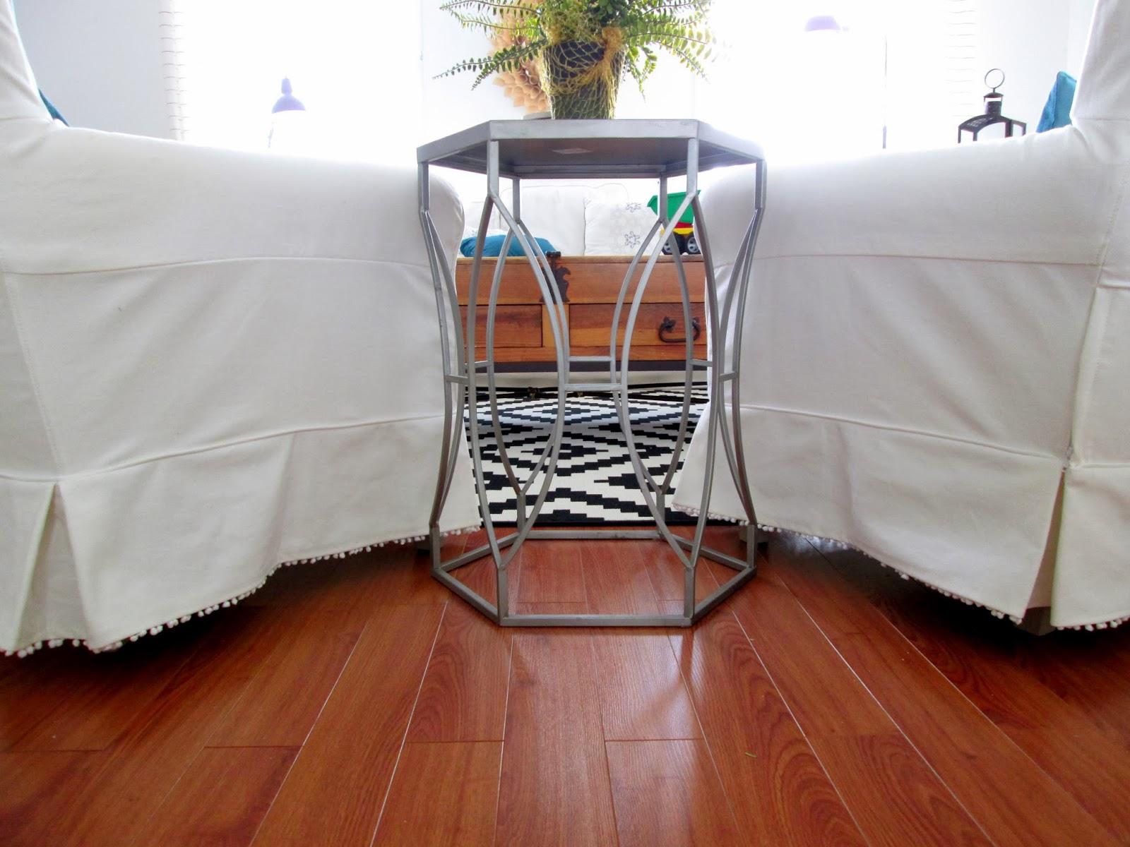 pom+chairs10.jpg