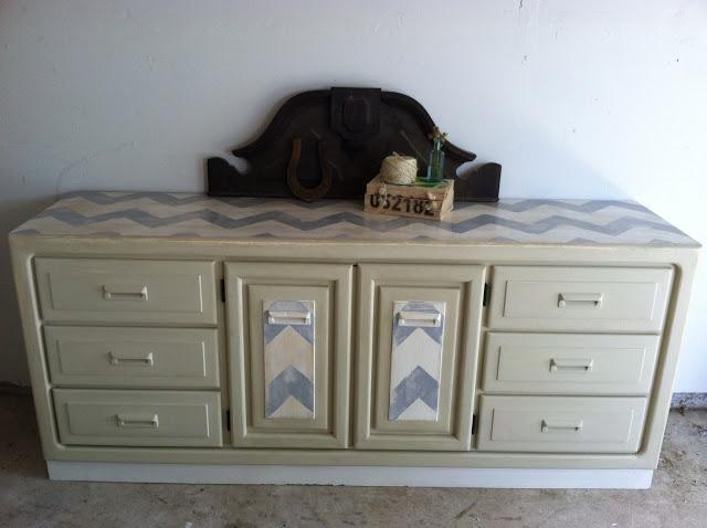 chevy+dresser+3.JPG