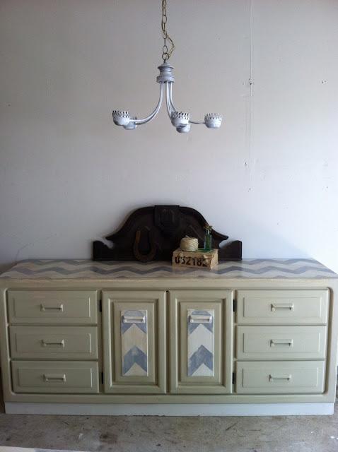 chevy+dresser+5.JPG