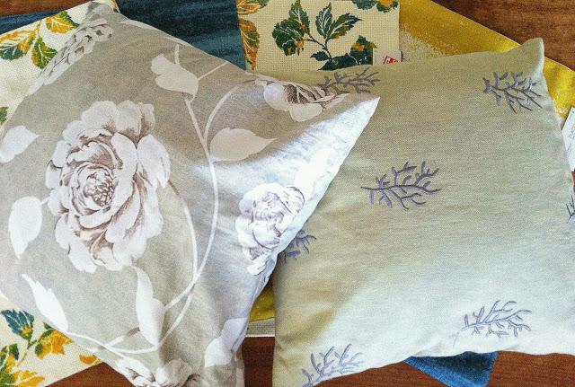 placemat+pillows2.jpg