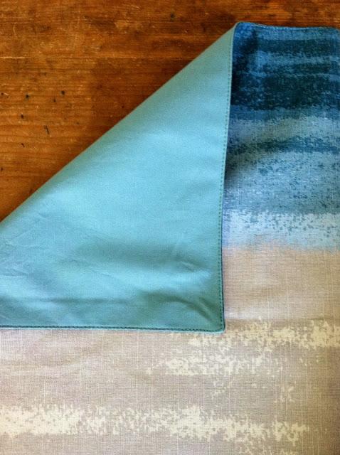 placemat+pillows4.jpg