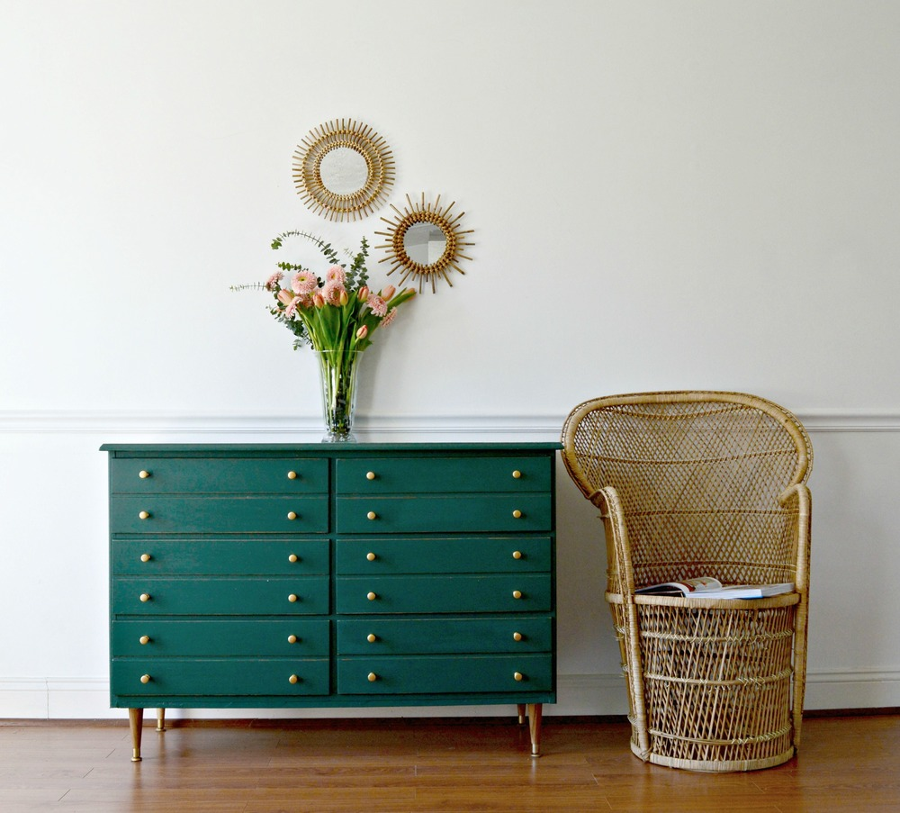 Hunter Green Dresser