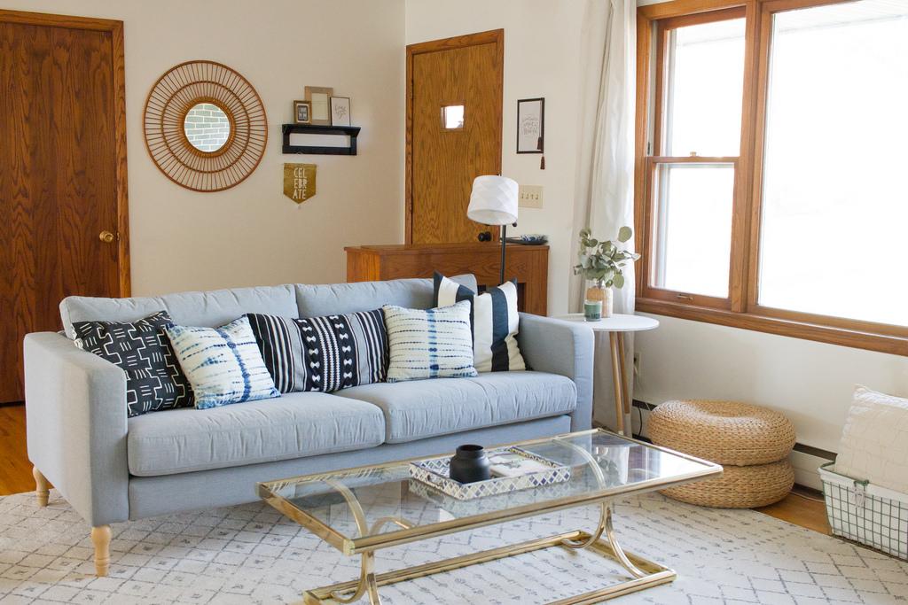 Living room_sofa.jpg