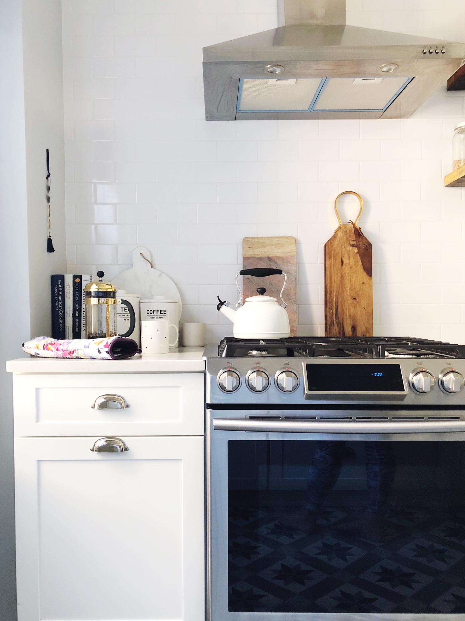 TGA Kitchen Stove.JPG