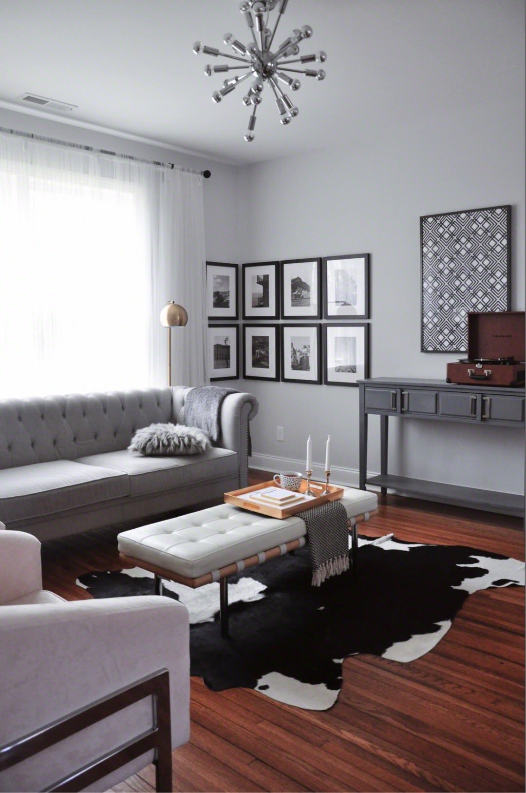 FOXY OXIE - Living Room 2.jpg