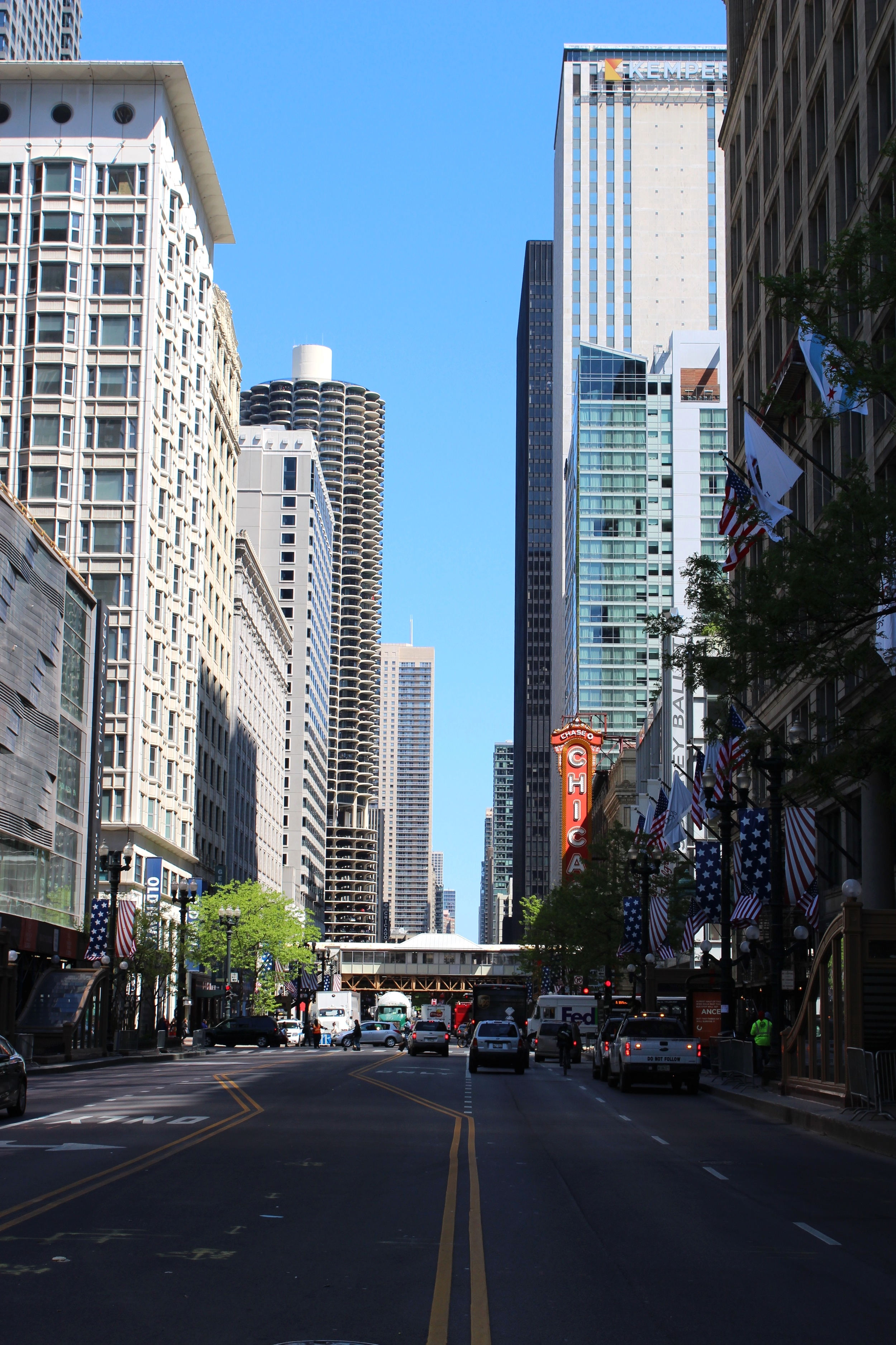 Het wereldberoemde CHICAGO-teken.