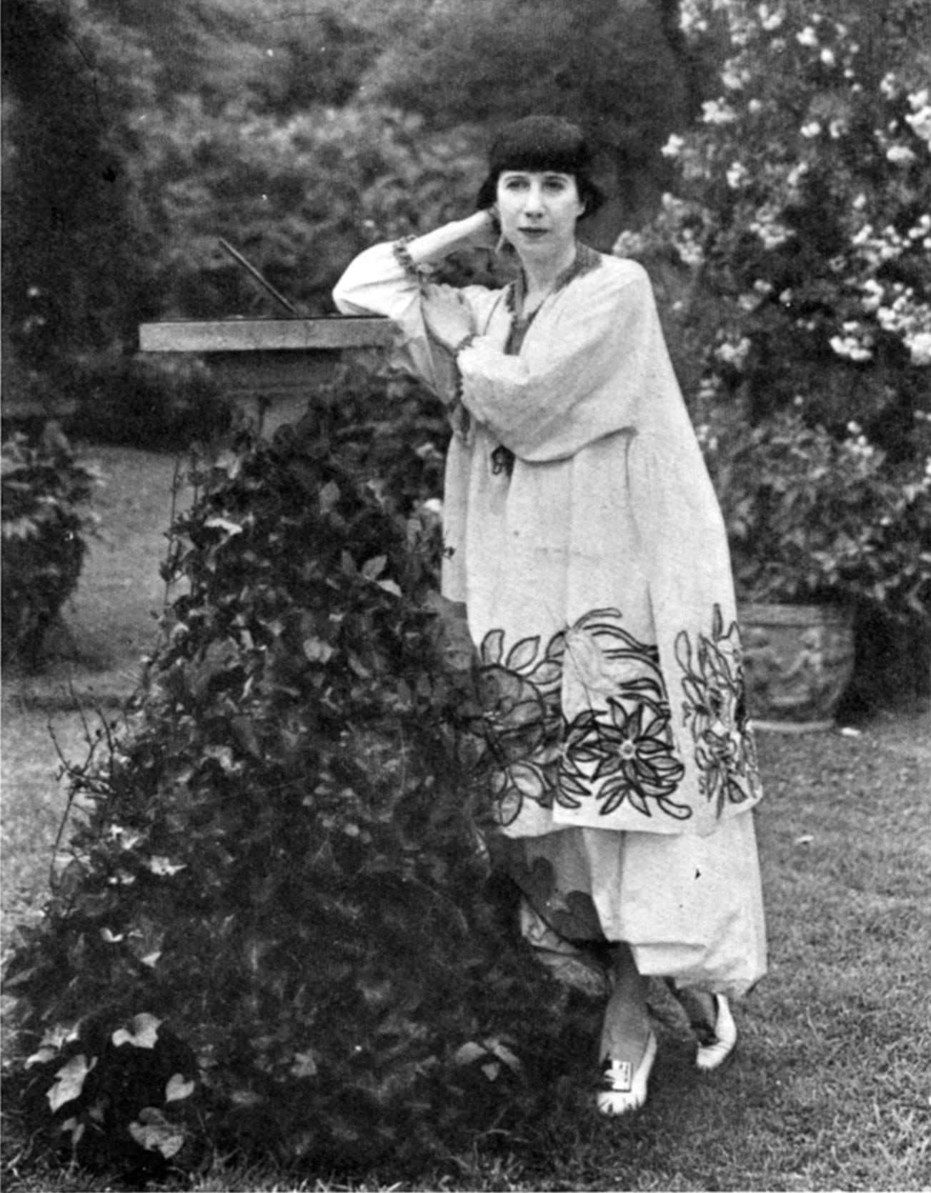 Florine Stettheimer pictured here in her Bryant Park garden c 1917-1920