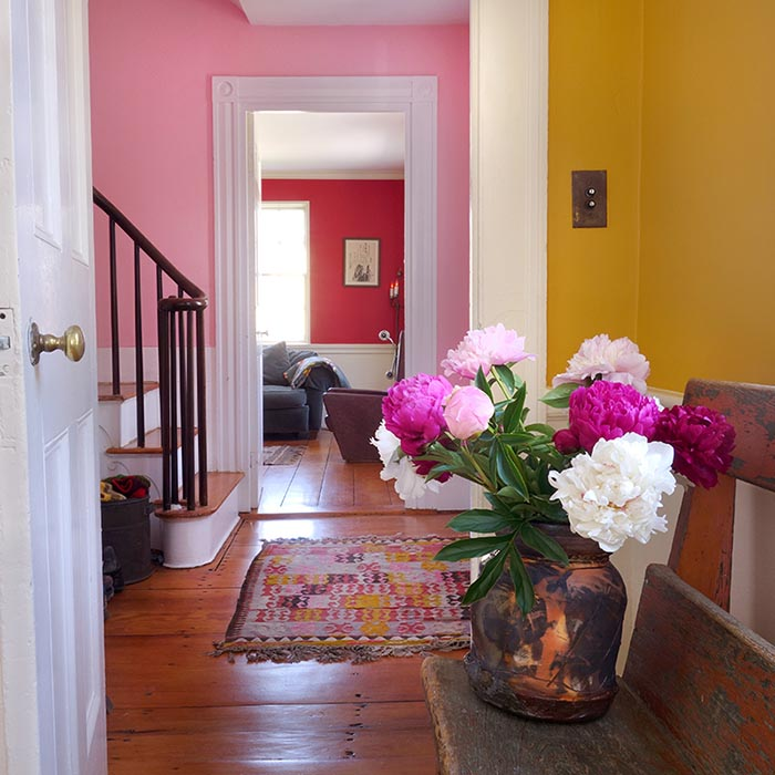 yellow_pink_red_room.jpg