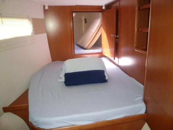 DD PT Fwd Cabin.jpg