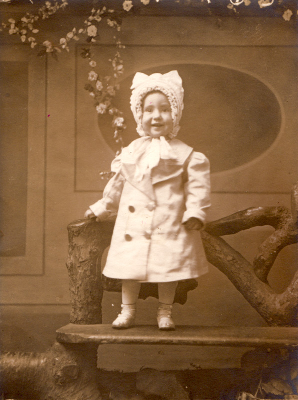 Ellen Bergstrom, 1911-13.
