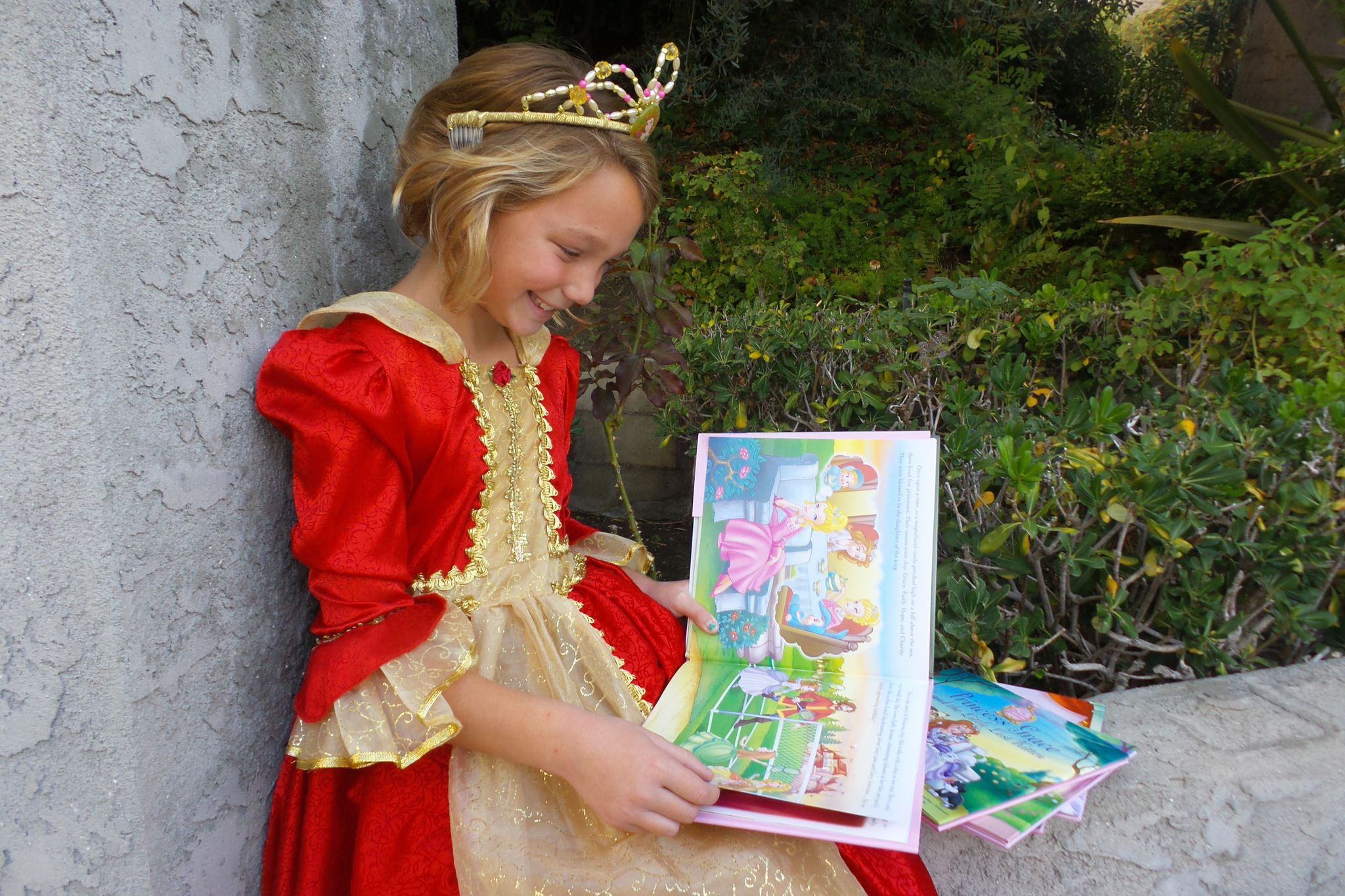 "Megan Joy reading ""A Royal Christmas to Remember"""