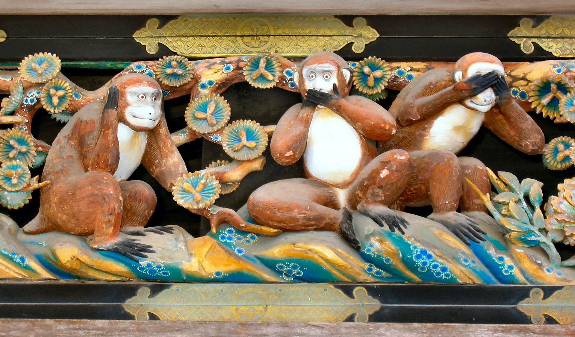 Three_Wise_Monkeys,Tosho-gu_Shrine.JPG