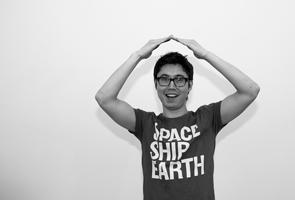 japanese-body-language-gesture-ok.jpg