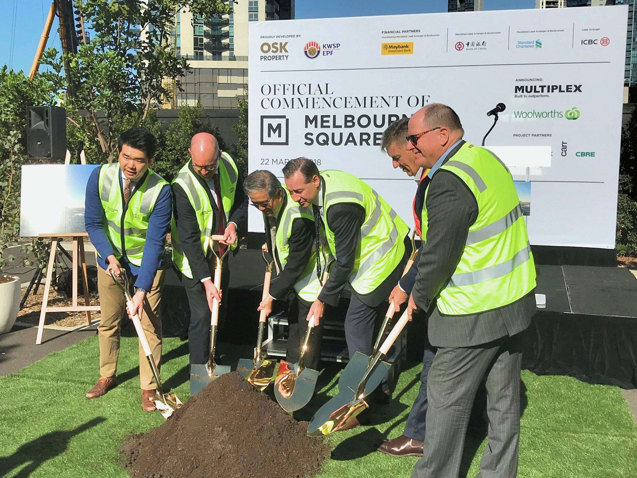 L-R:  Ong Ju Xing ( OSK Property ), Tim Macmillan ( Woolworths ), Tan Sri Ong ( OSK Property ), Michael Longmire ( OSK Property ), Graham Milford-Cottam ( Multiplex ), Ian Sutter ( Cox Architecture )