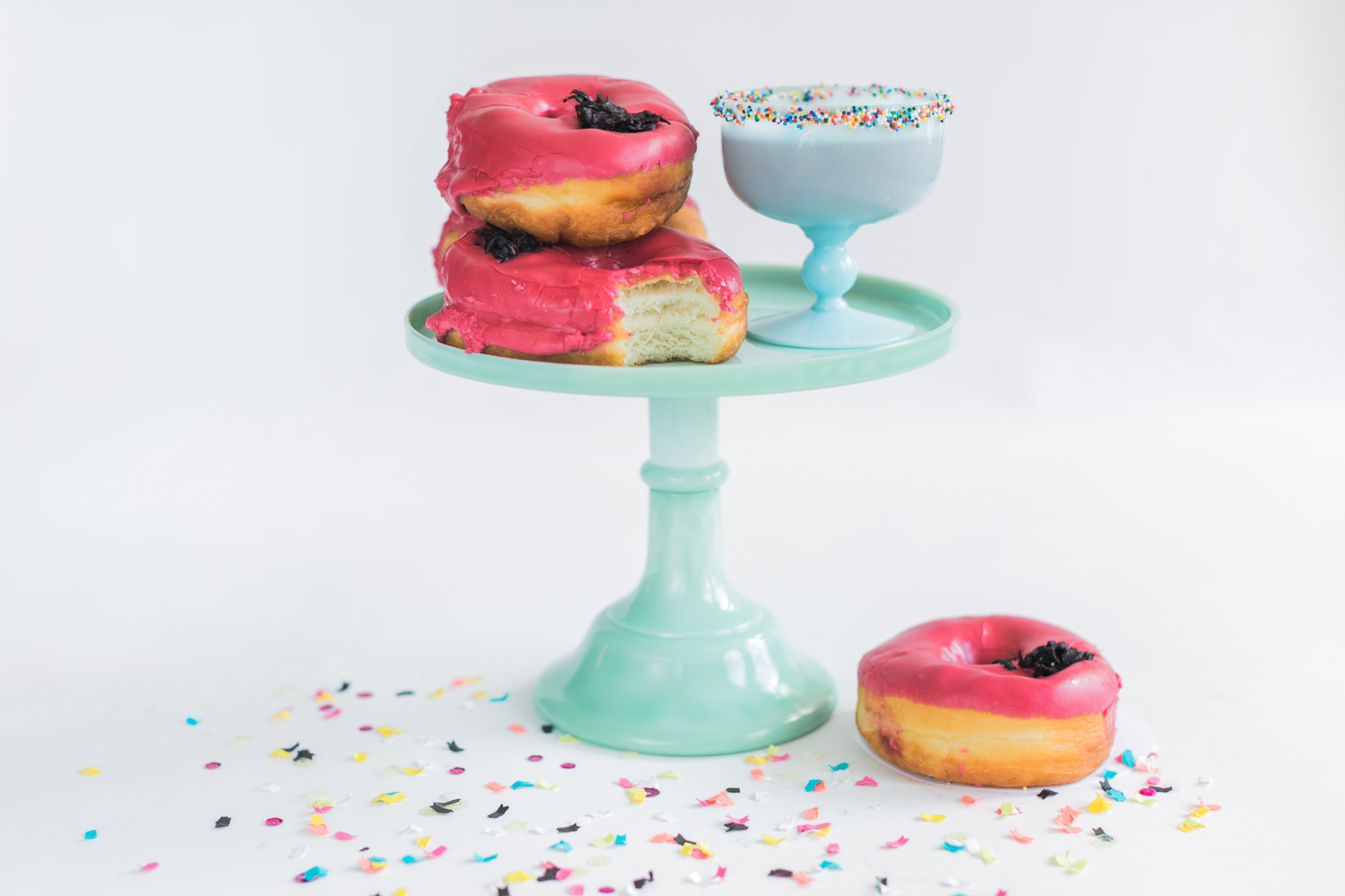 style me pretty - See What Brunch Cocktail Pairs Perfectly with Donuts