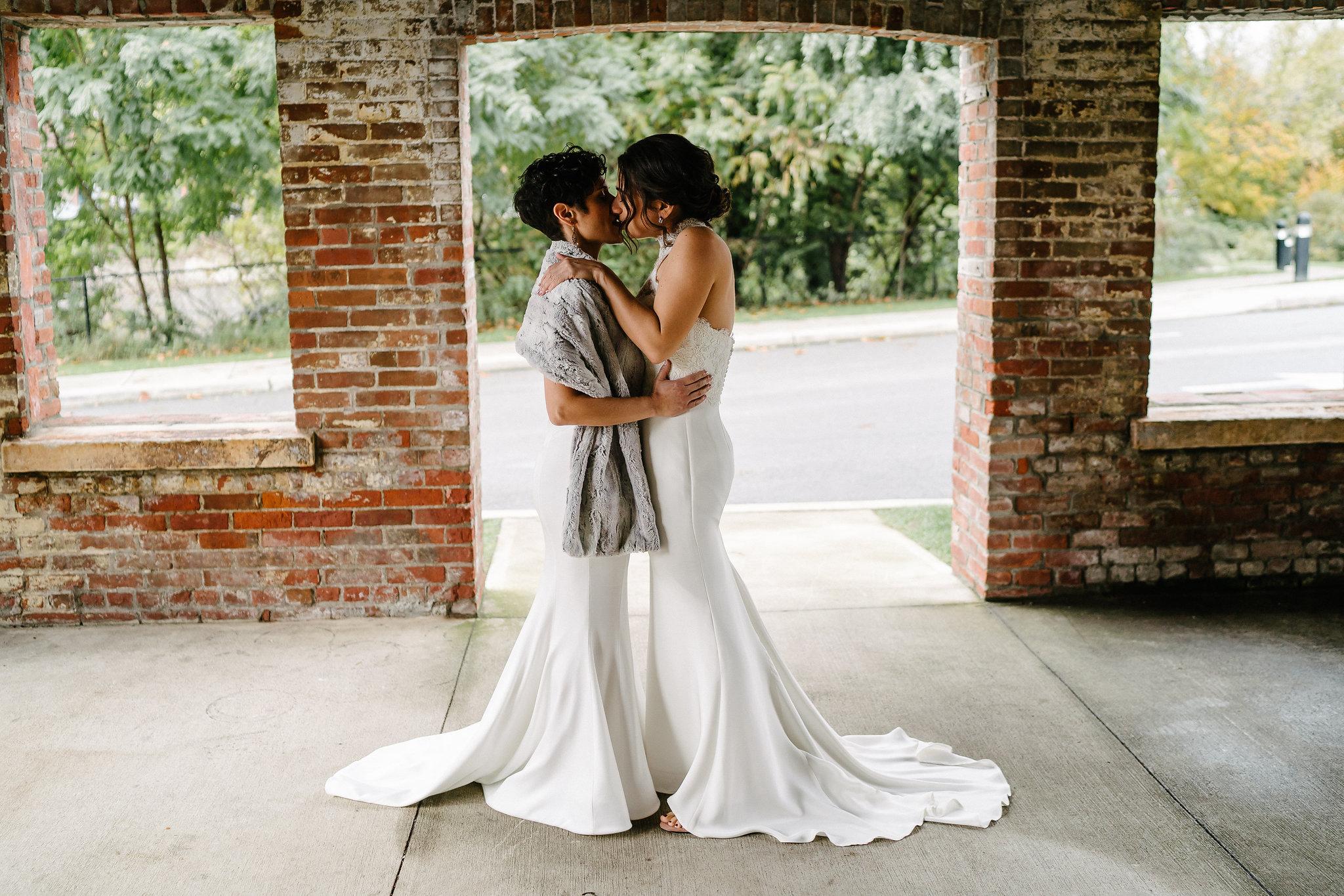 jess-elissa-wedding-103.jpg