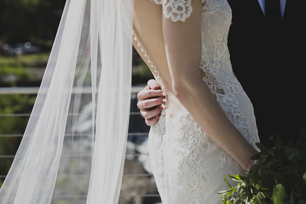 yourtango - 10 Best Sites To Find/Buy/Sell Used Wedding Dresses