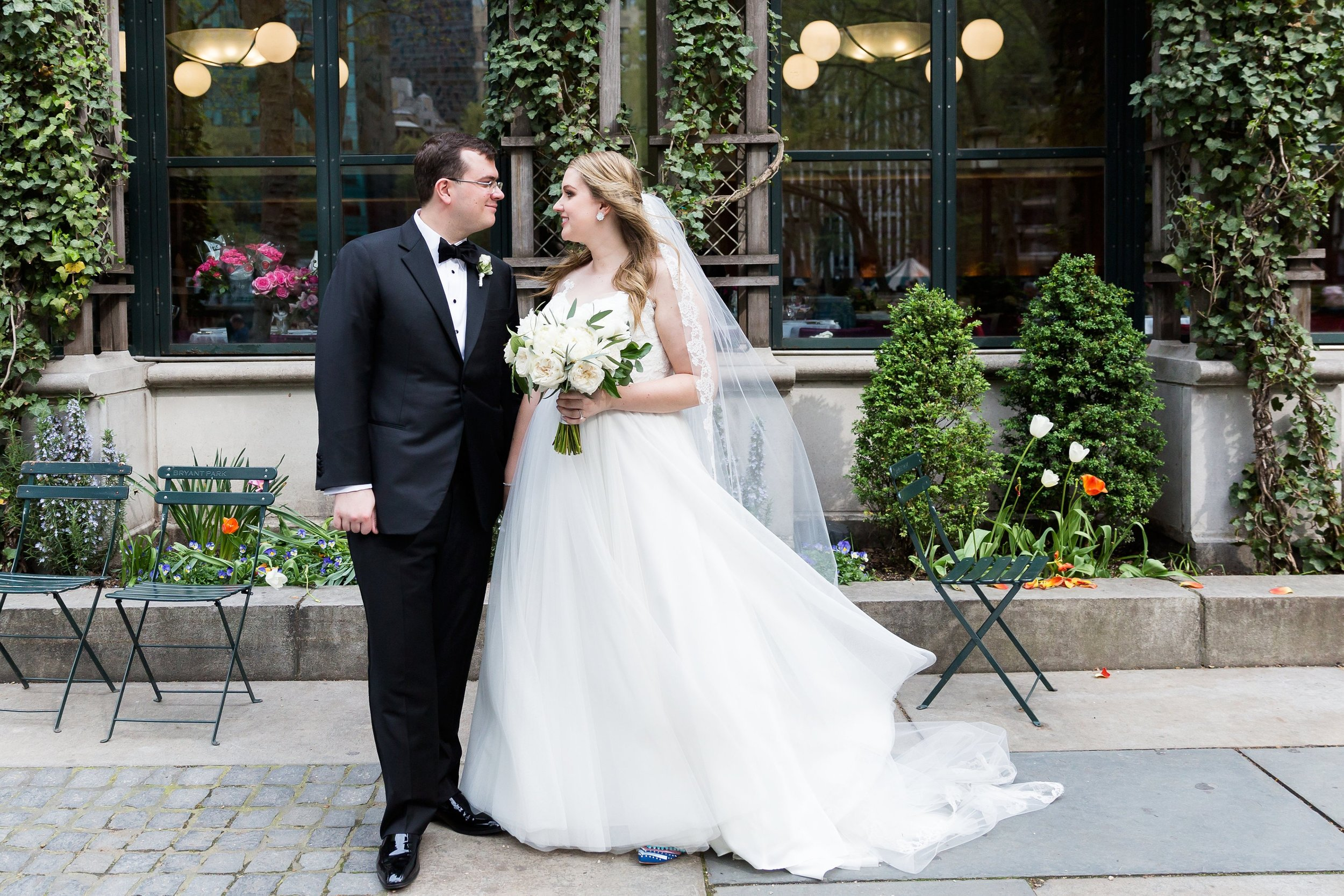 the knot - A Bright Modern Wedding at the Bryant Park Grill in NYC